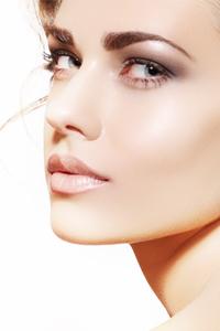 airbrush-makeup-L